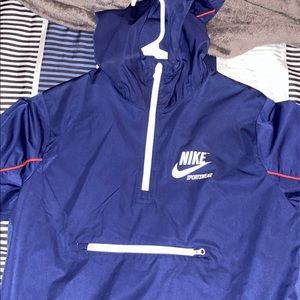 Nike kids size Xl Windbreaker